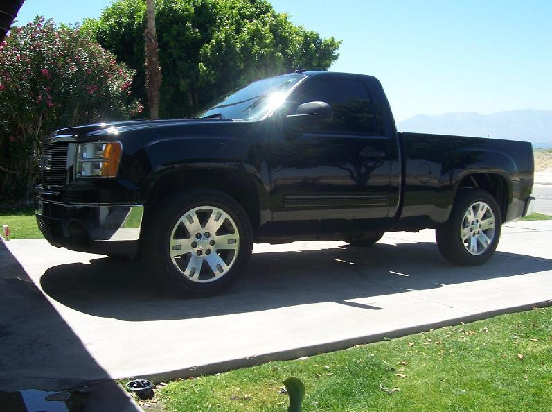 blaineb22 2007 gmc sierra 1500 regular cab specs photos modification info at cardomain. Black Bedroom Furniture Sets. Home Design Ideas
