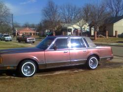 mrdeleon817 1988 Lincoln Town Car
