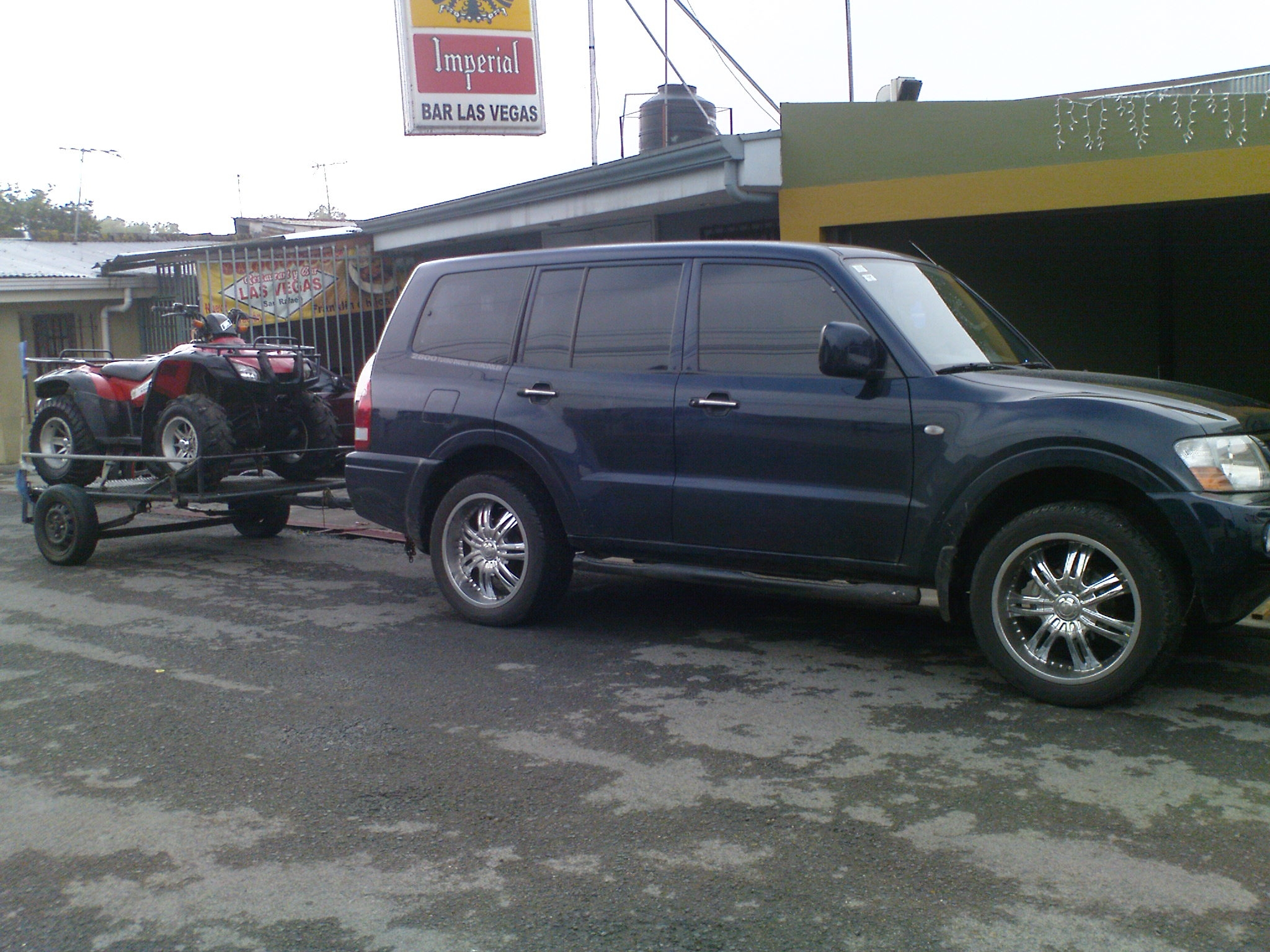 Another D6UILL3N 2005 Mitsubishi Montero post... - 14167607