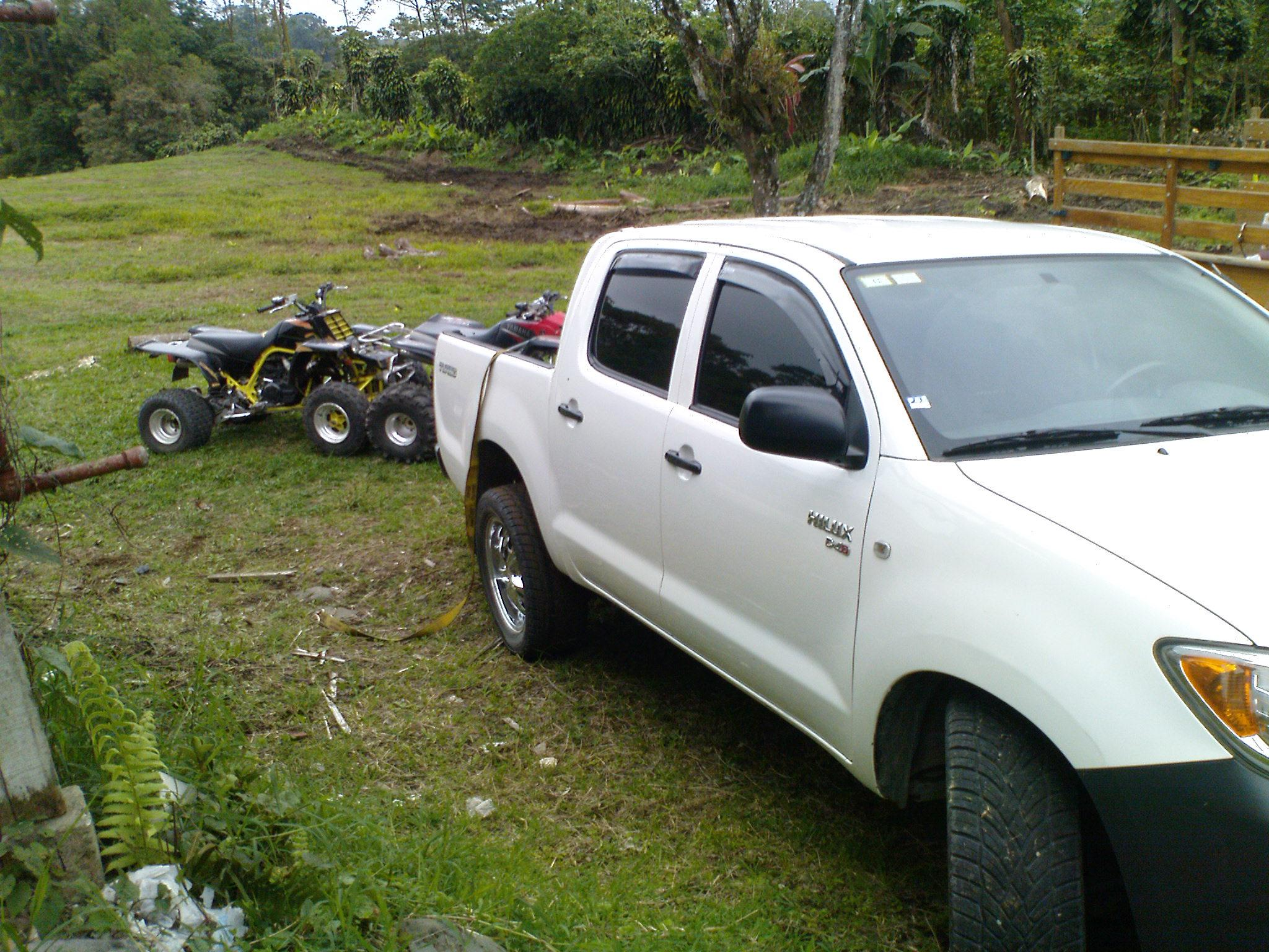 Another D6UILL3N 2008 Toyota HiLux post... - 14167639