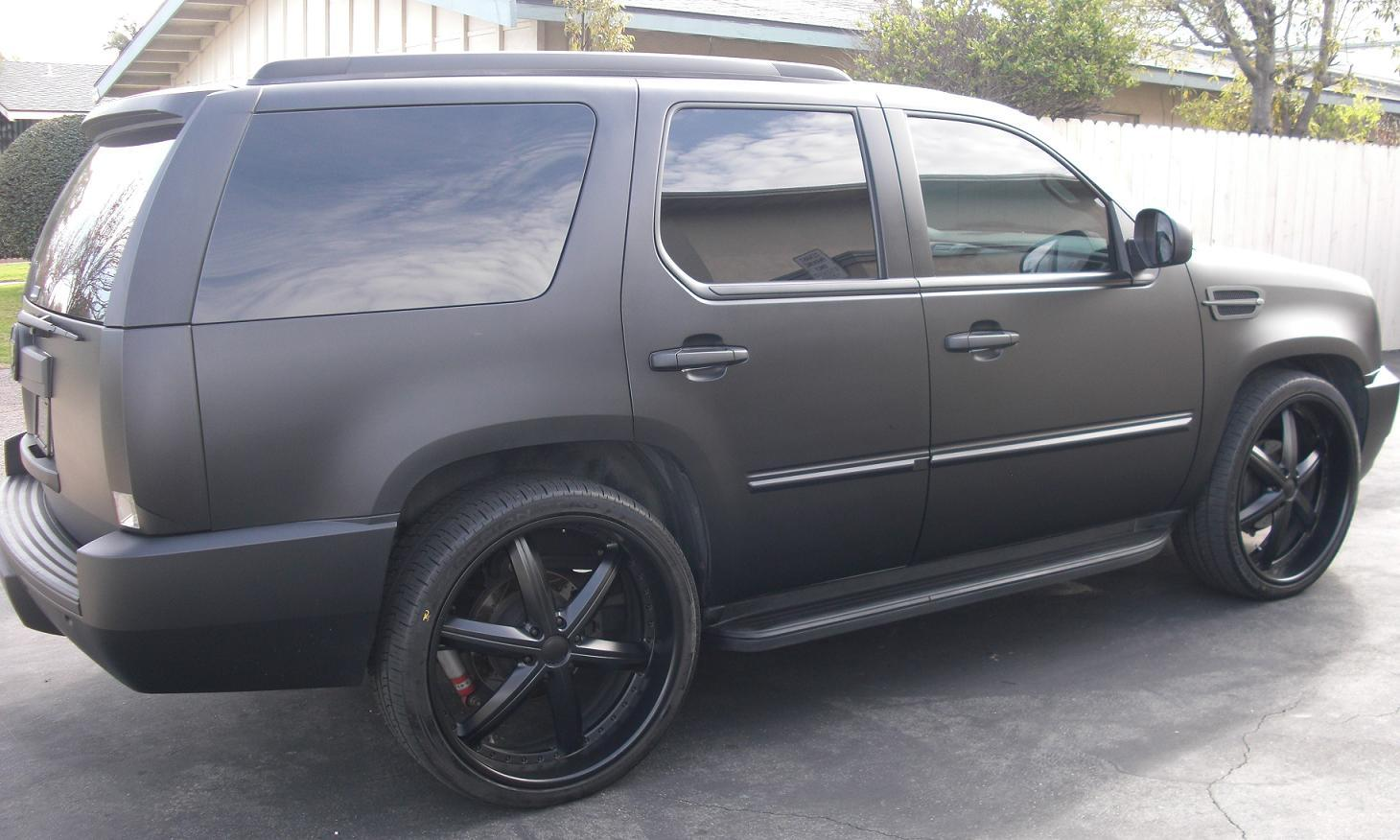 famous4life 2007 Cadillac Escalade Specs, Photos, Modification Info at CarDomain
