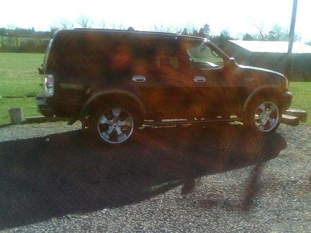 Another 99frdtaurus 2005 Ford Expedition post... - 14181110