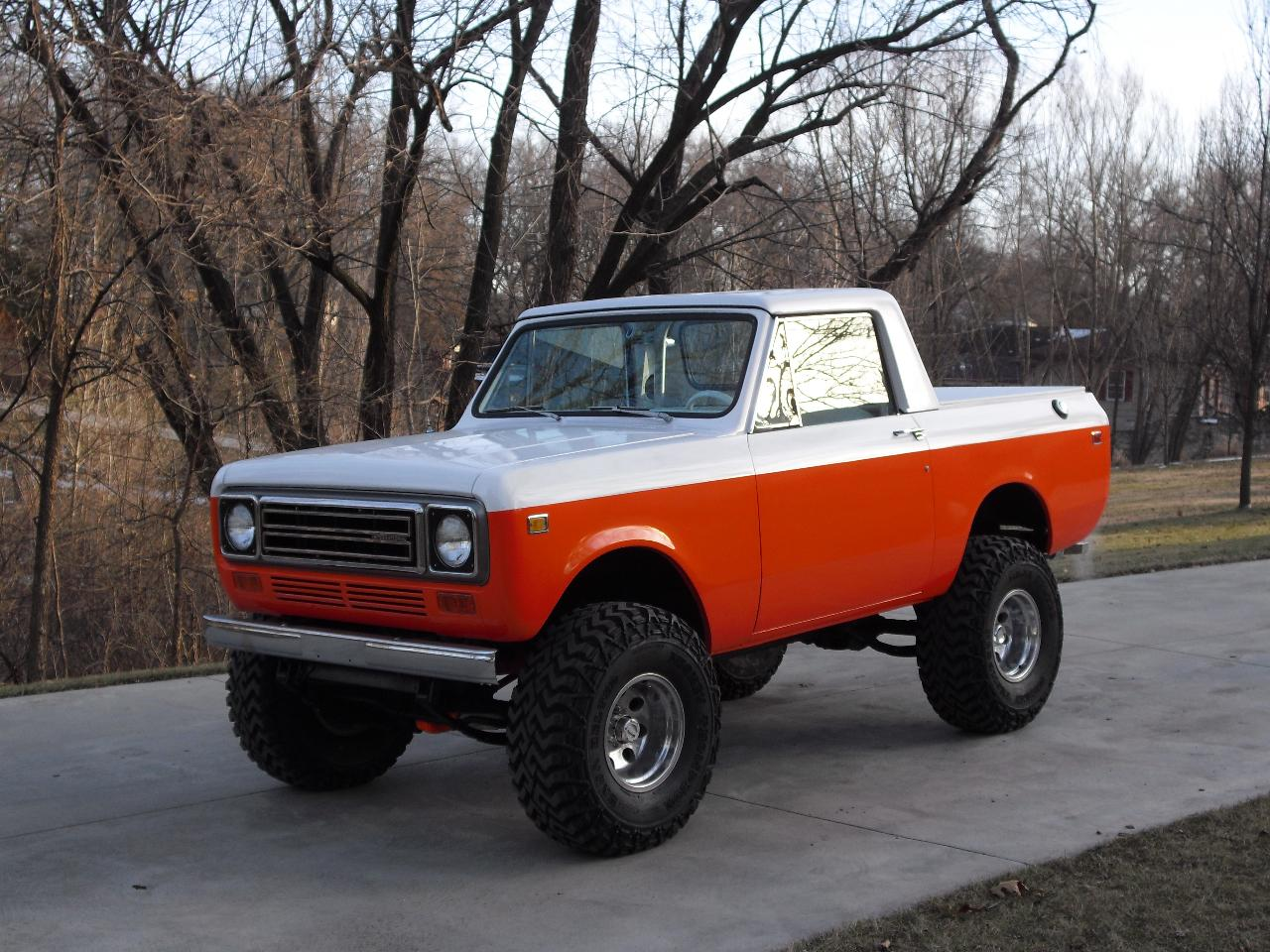 TMKdesign's 1977 International Scout II