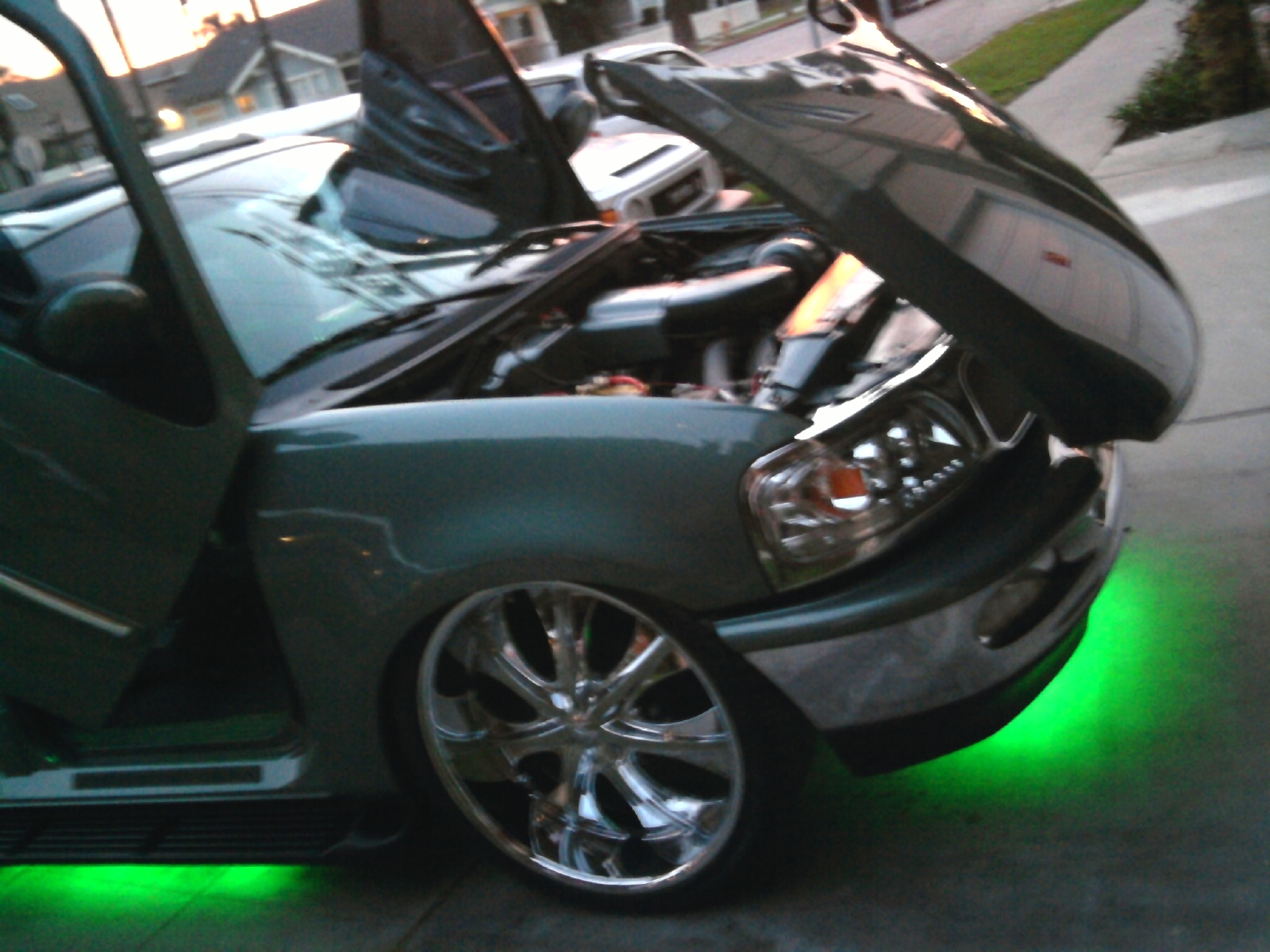 ExpoOn26s 1997 Ford Expedition 14187395