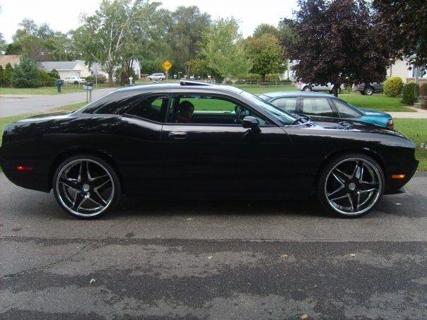 Another ypsiboy03 2010 Dodge Challenger post... - 14189000