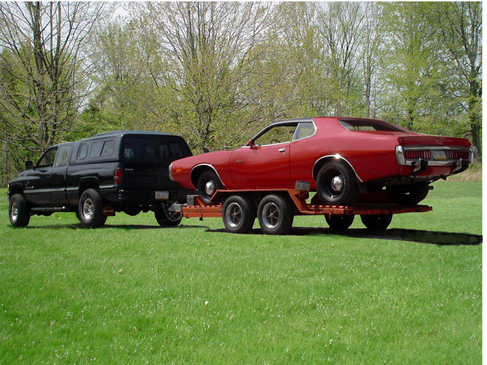 alizes 1974 Dodge Charger
