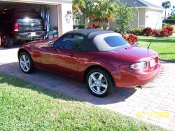 32940s 2006 Mazda Miata MX-5