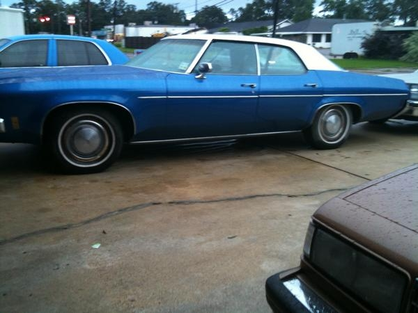 Geezy76 1976 Oldsmobile Cutlass Supreme 14197633