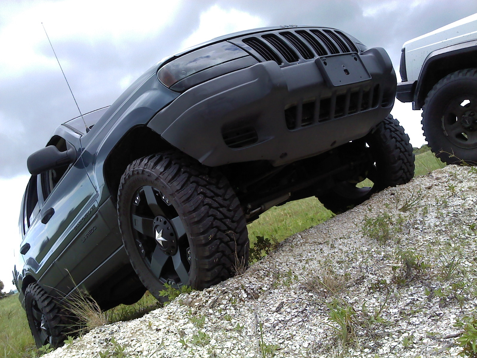 Another Lauer22 2003 Jeep Grand Cherokee post... - 14215628