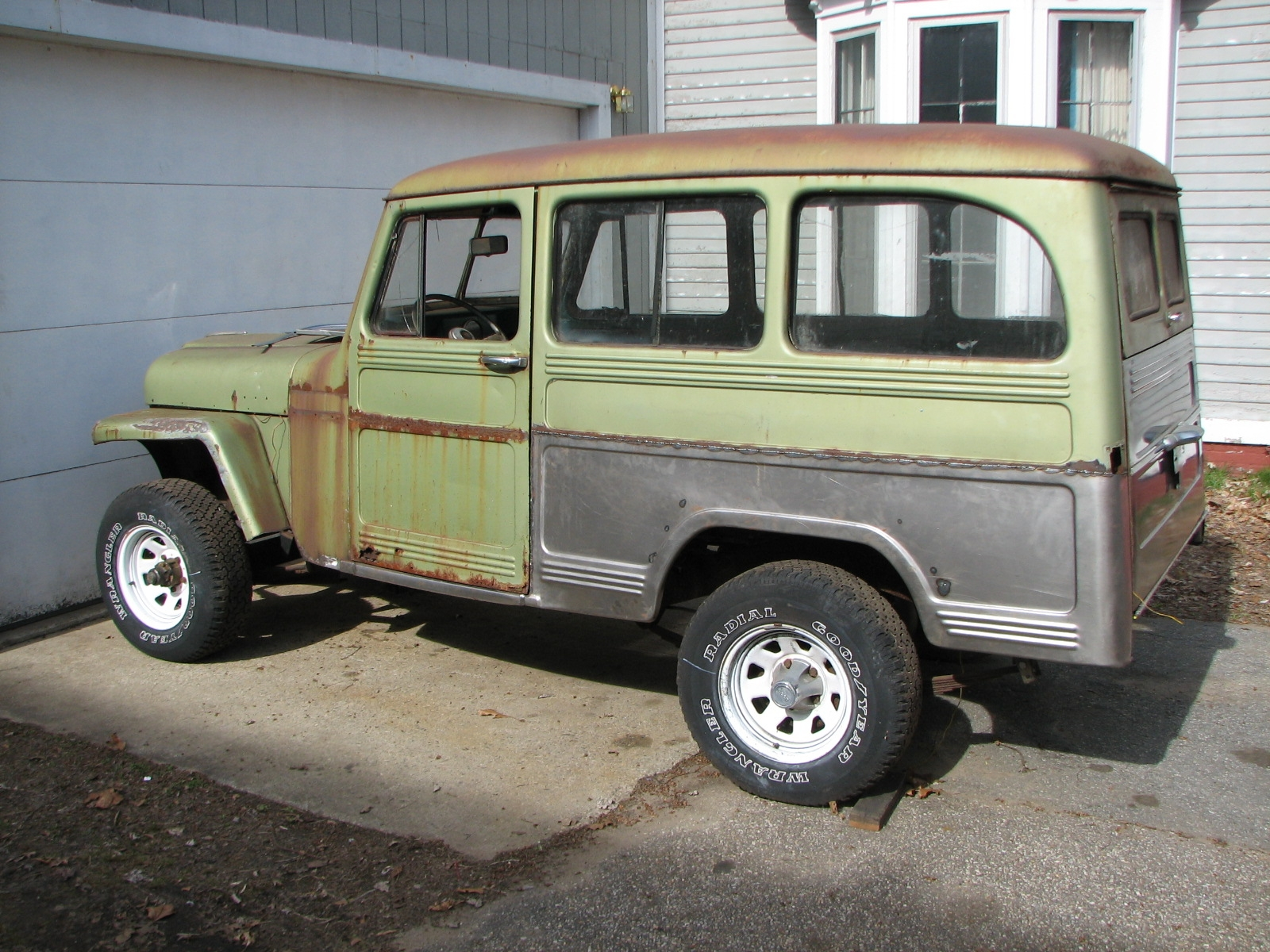 moparts 1957 Willys Wagon