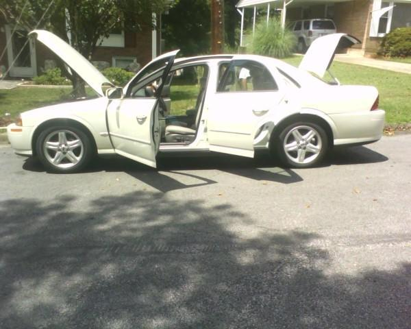 Another AlimoeJ32 2000 Lincoln LS post... - 14216065