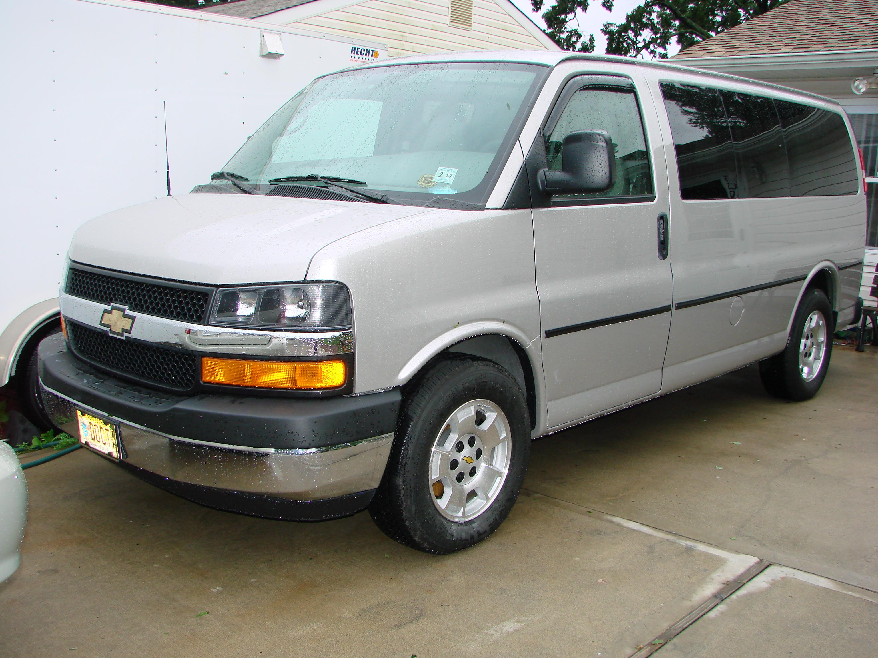 vmswheels 2007 chevrolet express 1500 cargo specs photos modification info at cardomain. Black Bedroom Furniture Sets. Home Design Ideas