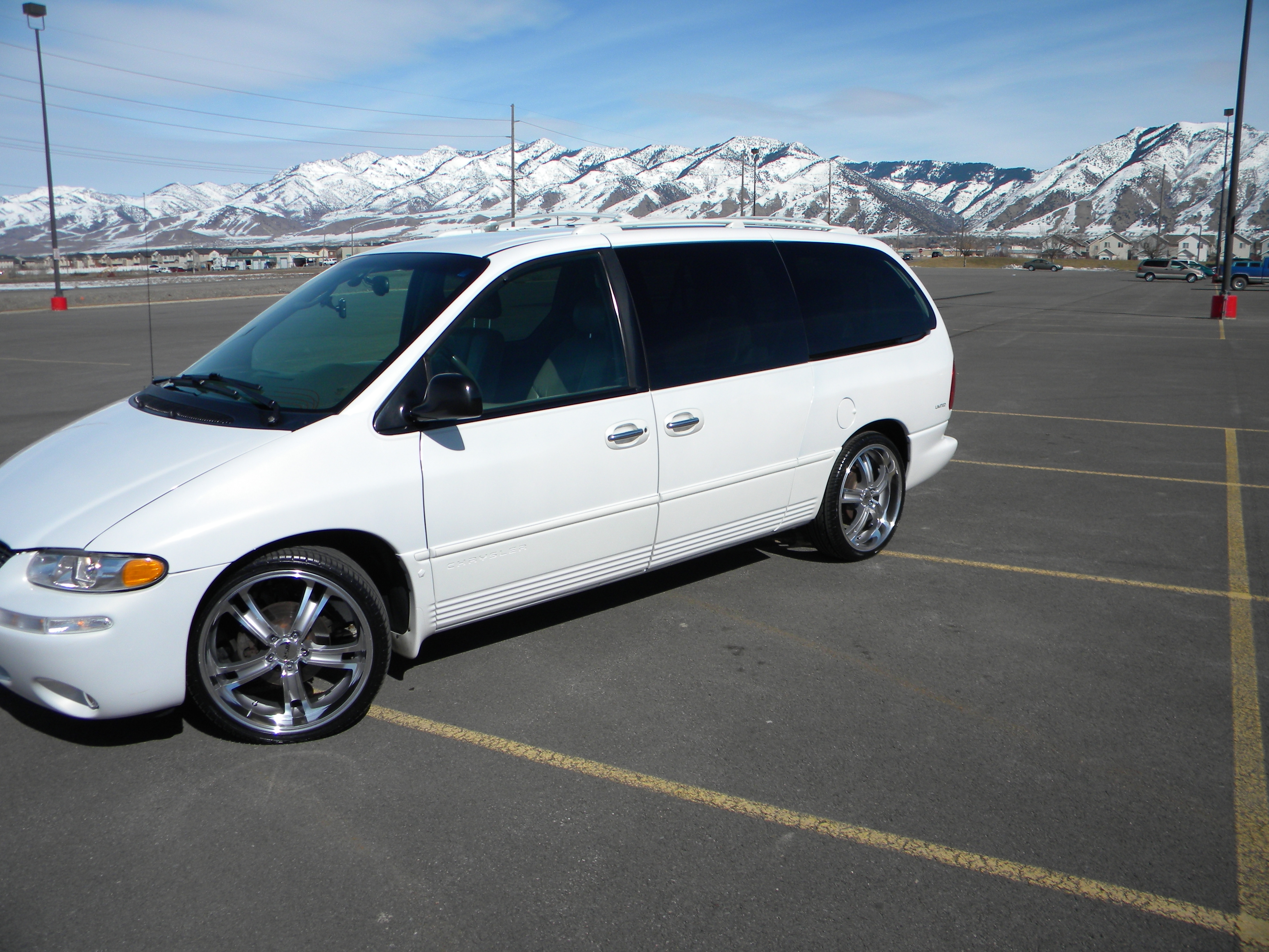 mase9809 1999 chrysler town countrylimited minivan specs photos modification info at cardomain. Black Bedroom Furniture Sets. Home Design Ideas