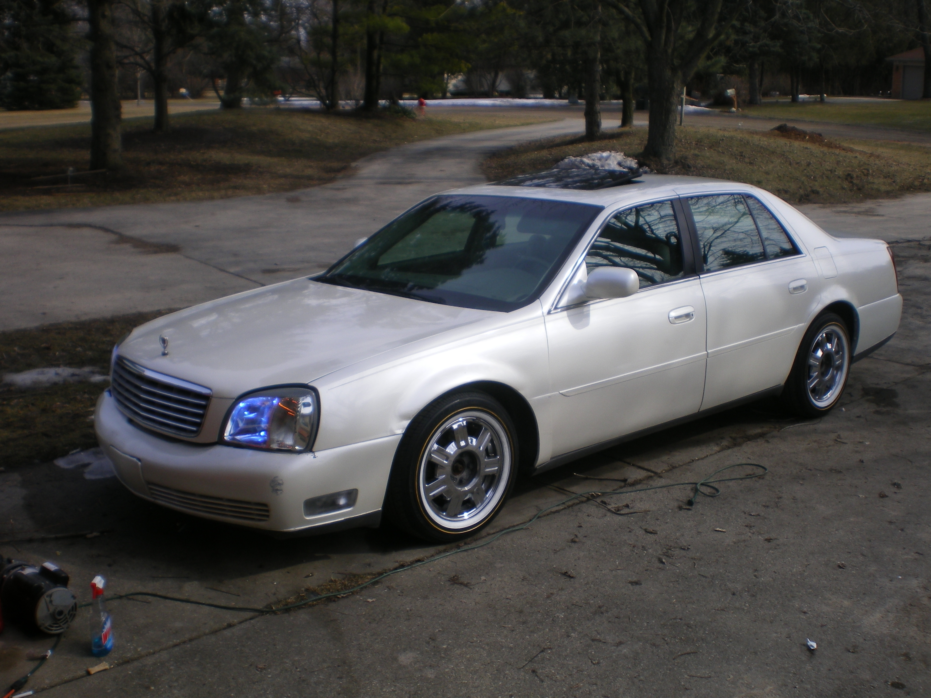Brodyswhips 2005 cadillac deville