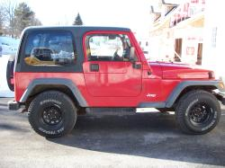 14031981s 2000 Jeep TJ