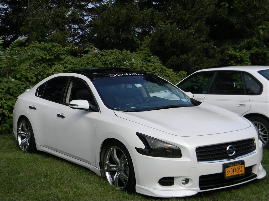 2010 Nissan Maxima Body Kit