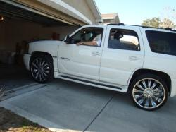 MixManiaINCs 2006 GMC Yukon Denali