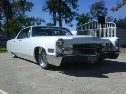 ericchavez66s 1966 Cadillac DeVille 