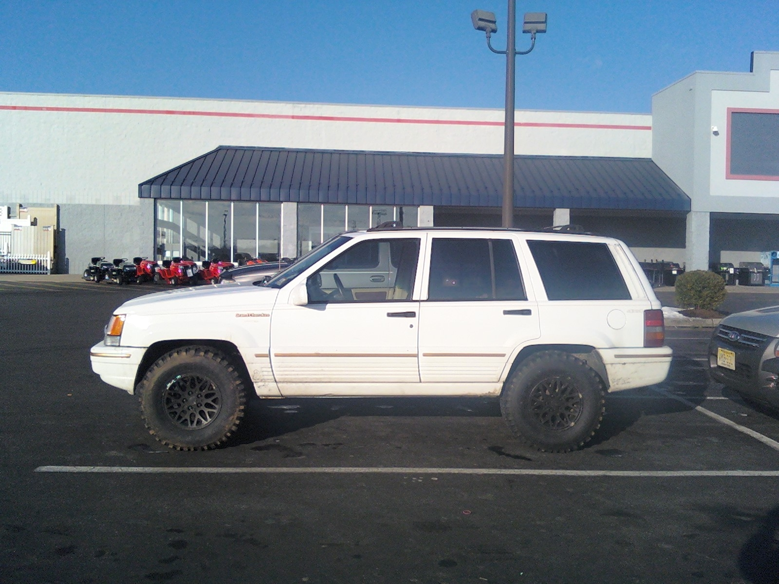 Another toysida 1994 Jeep Grand Cherokee post... - 14260071