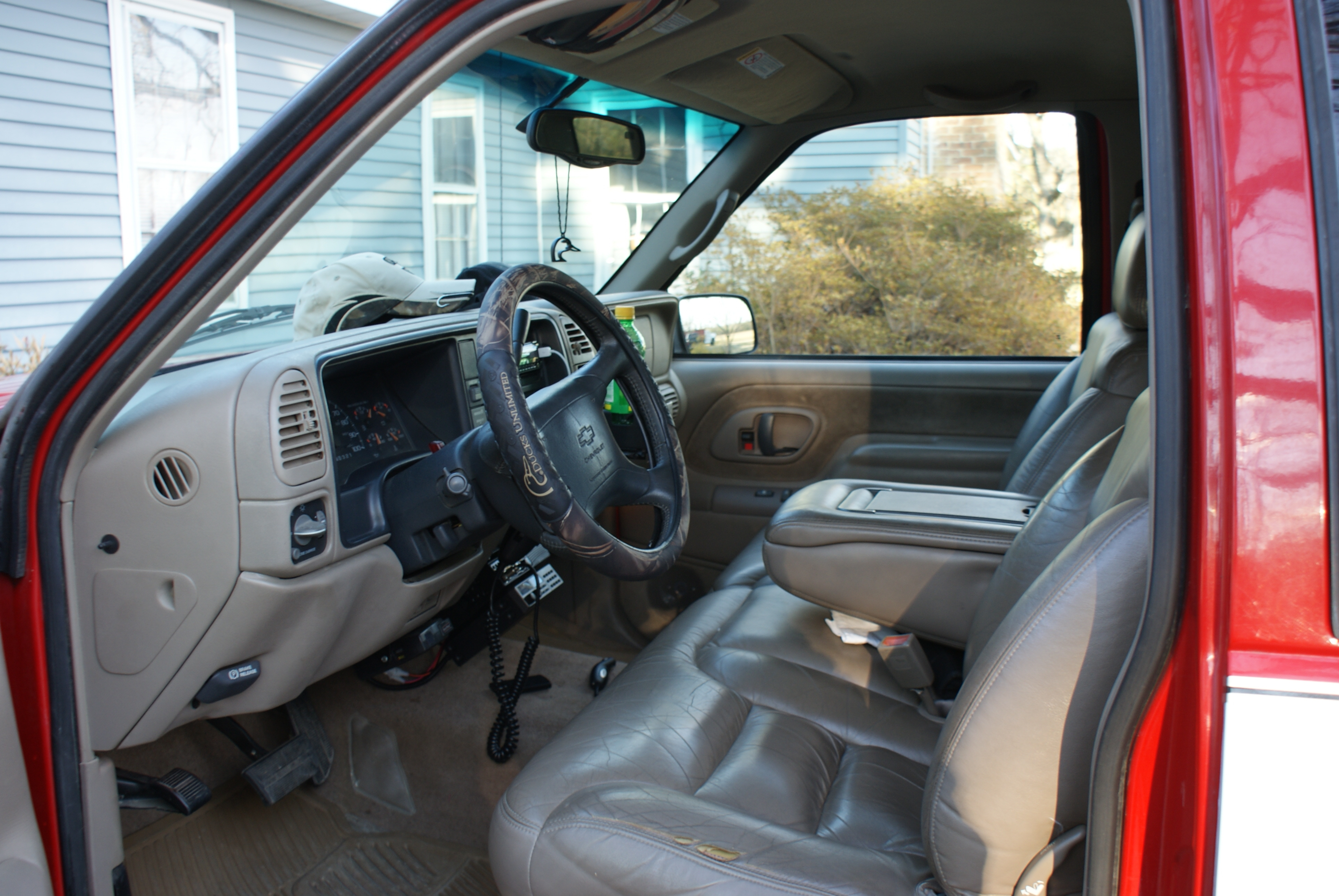 1997 chevy silverado 1500 interior pictures to pin on. Black Bedroom Furniture Sets. Home Design Ideas
