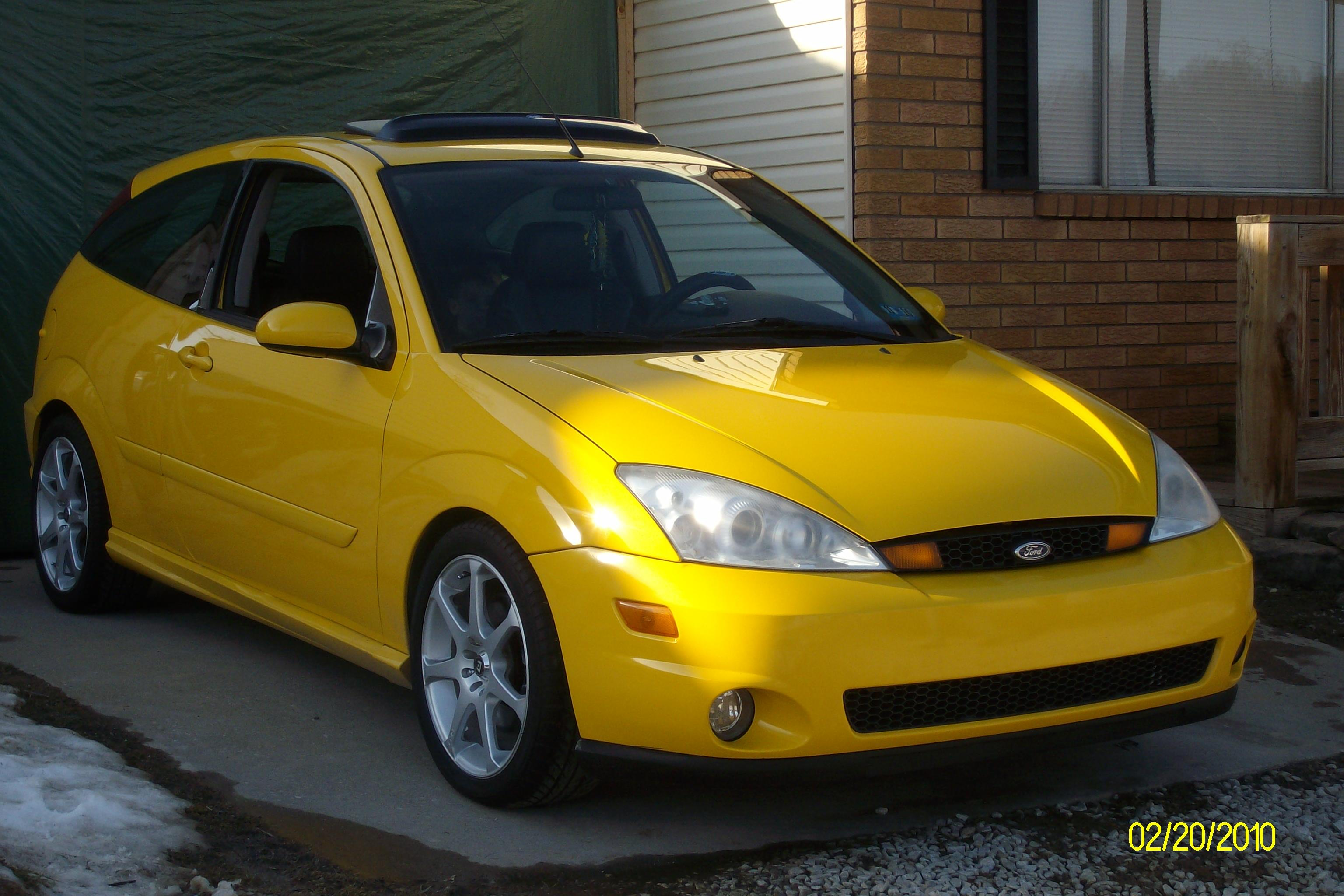 SASSYMOMMA26's 2003 Ford Focus