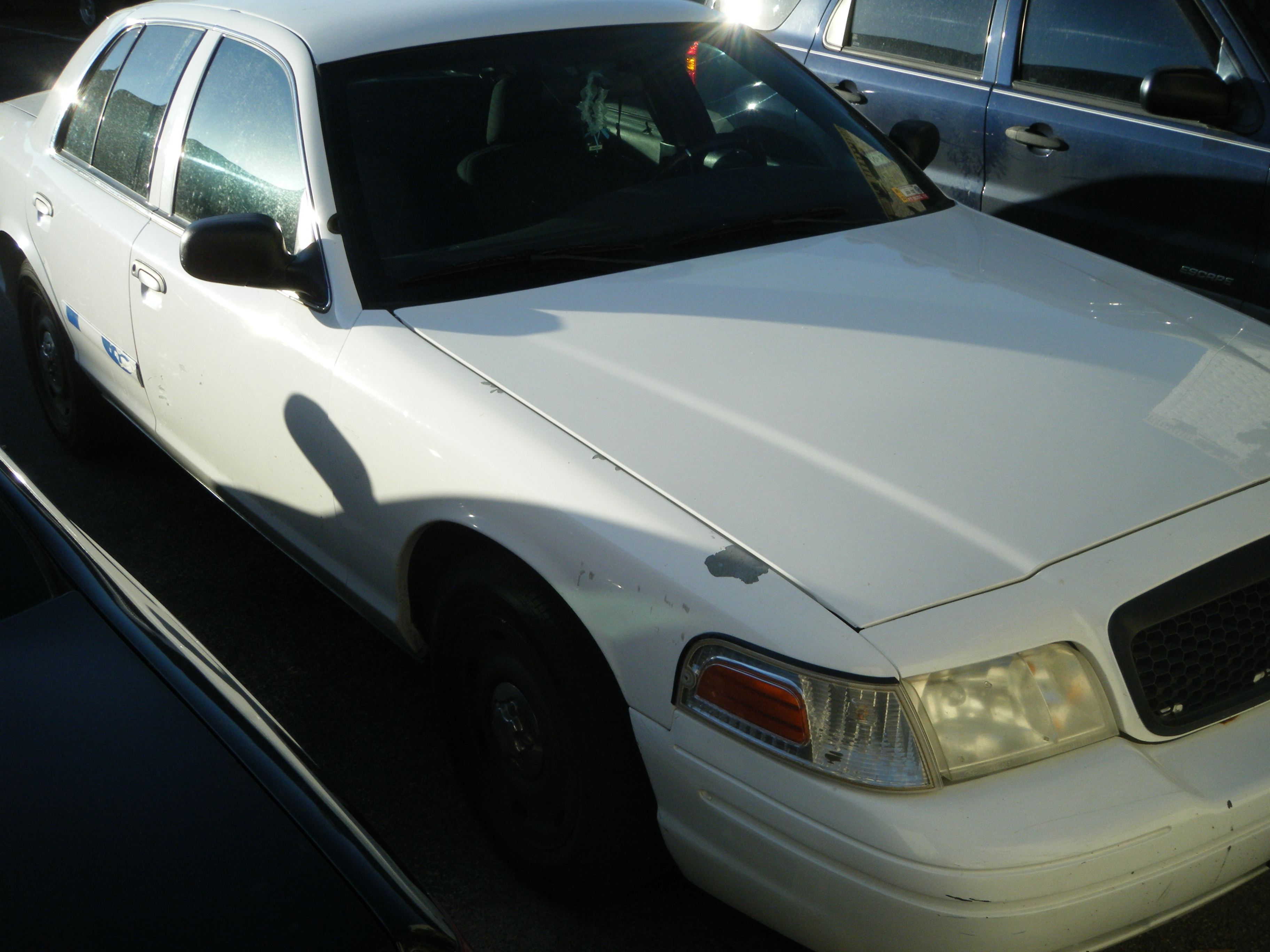 mrdakz 2003 Ford Crown Victoria 14269499