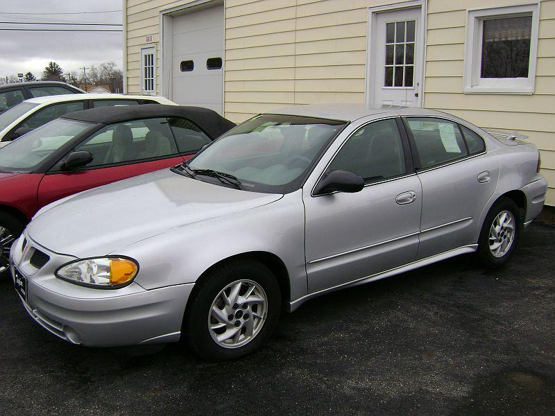 Bosnian Driver23 S 2004 Pontiac Grand Am In Des Moines Ia