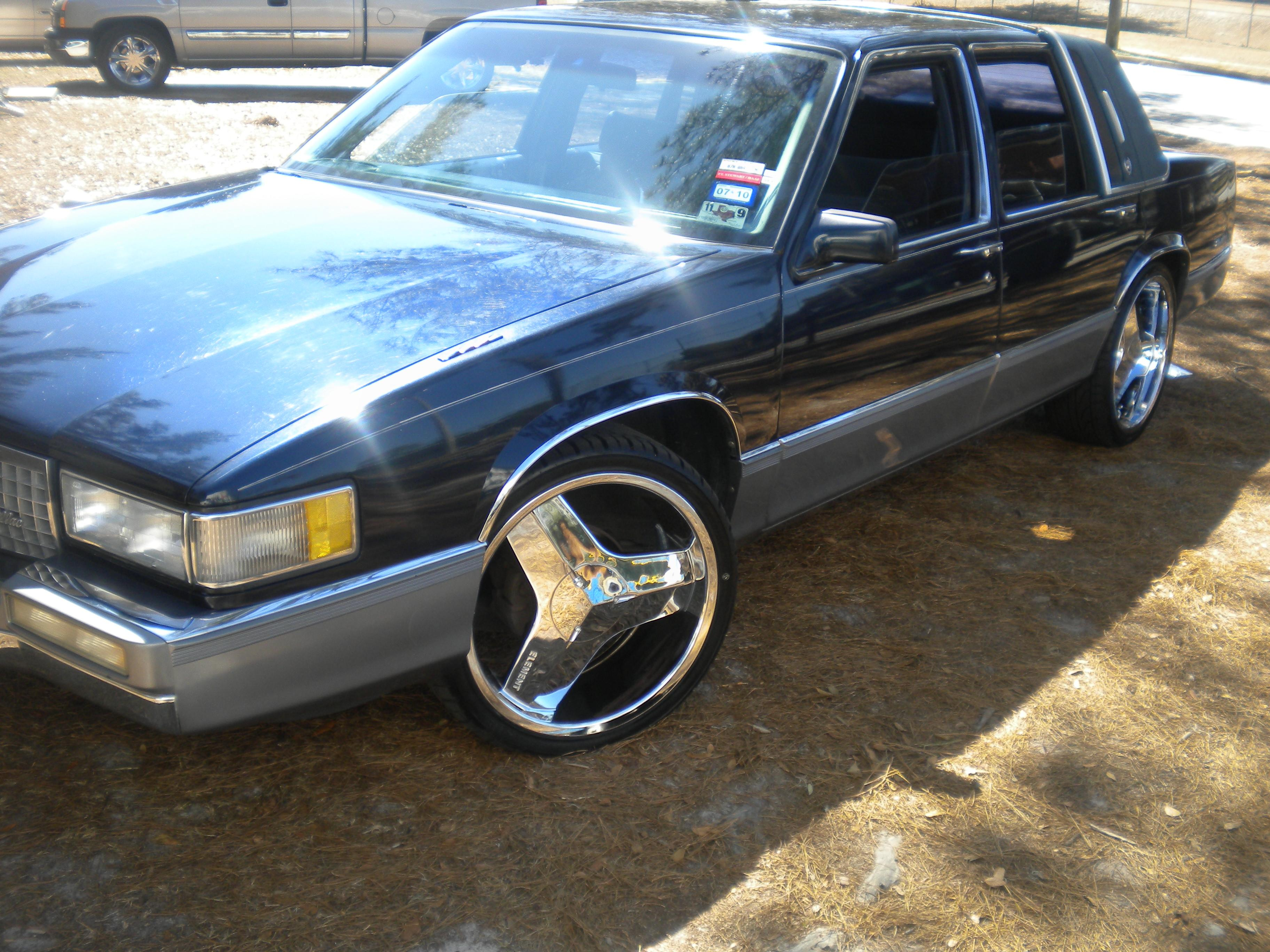 godz 90deville 39 s 1990 cadillac deville sedan 4d page 2 in. Cars Review. Best American Auto & Cars Review