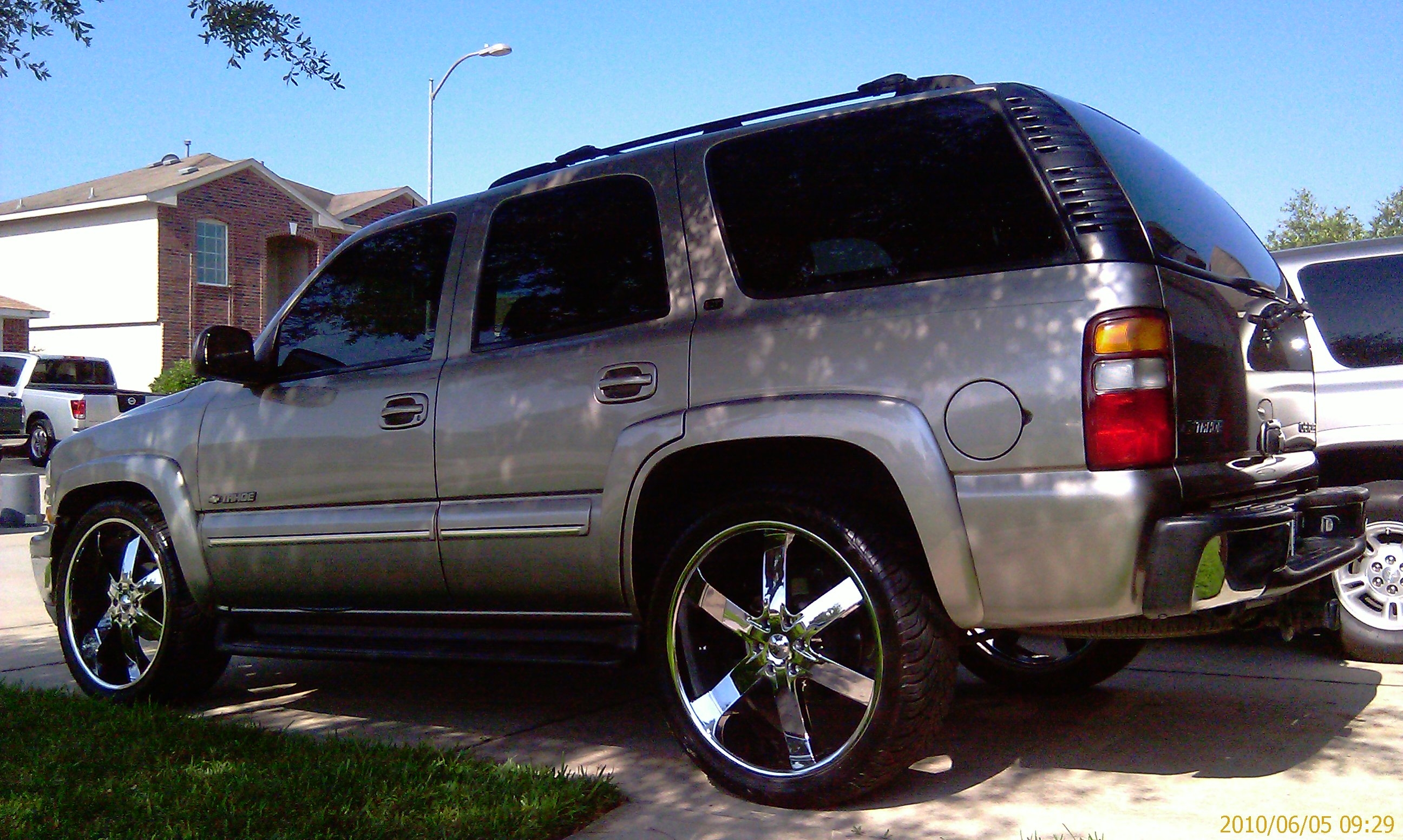 Another 051399 2002 Chevrolet Tahoe post... - 14282345