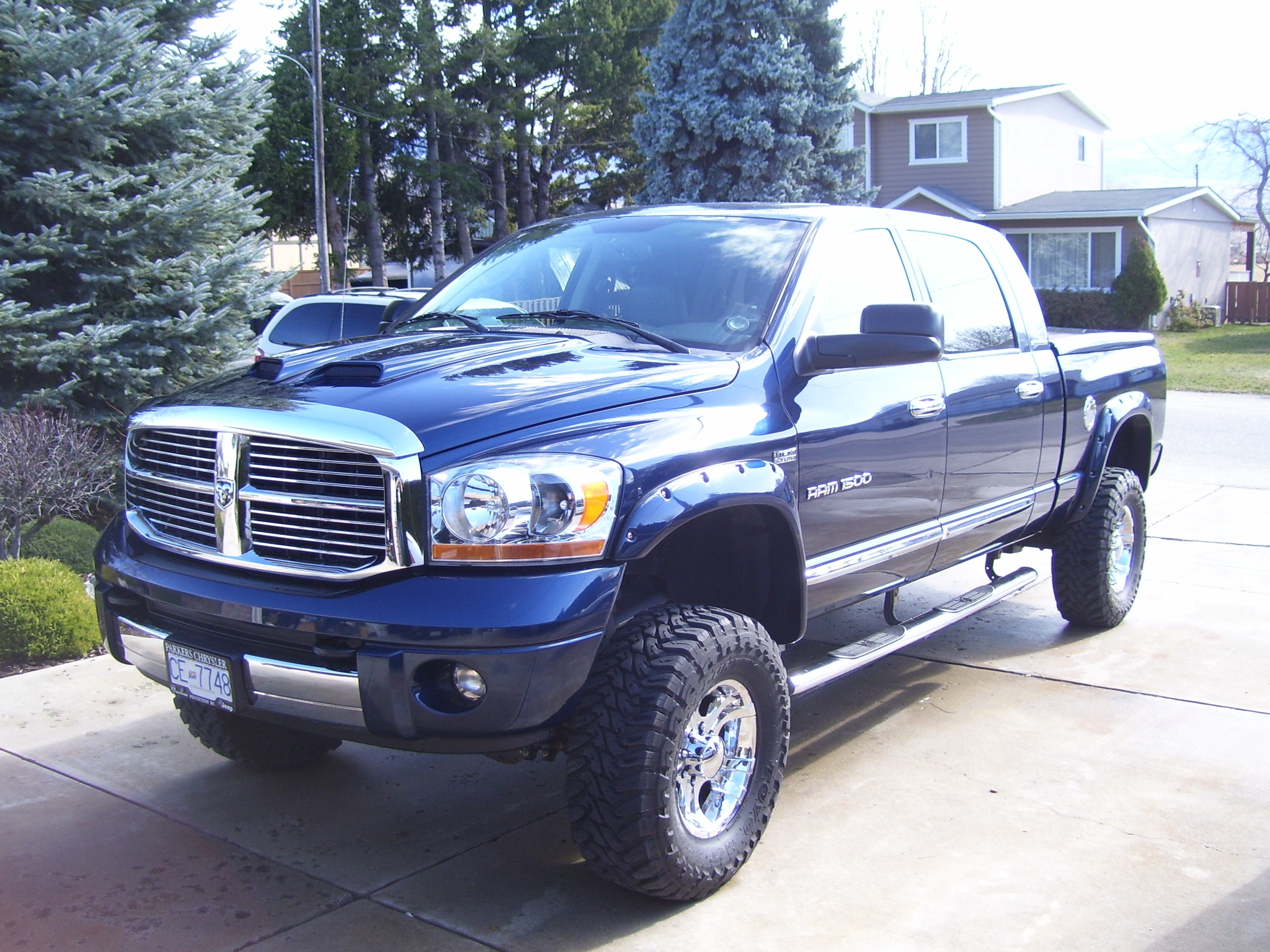defrez 2006 dodge ram 1500 mega cab specs photos modification info at cardomain. Black Bedroom Furniture Sets. Home Design Ideas