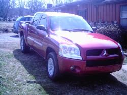 kfoxracing12 2006 Mitsubishi Raider Double Cab