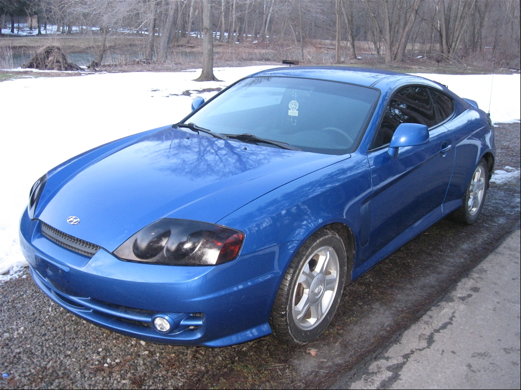 speelman1919 39 s 2004 hyundai tiburon coupe 2d in east liverpool oh. Black Bedroom Furniture Sets. Home Design Ideas