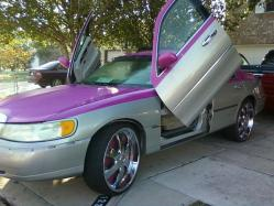 PiNKiE512s 1998 Lincoln Town Car
