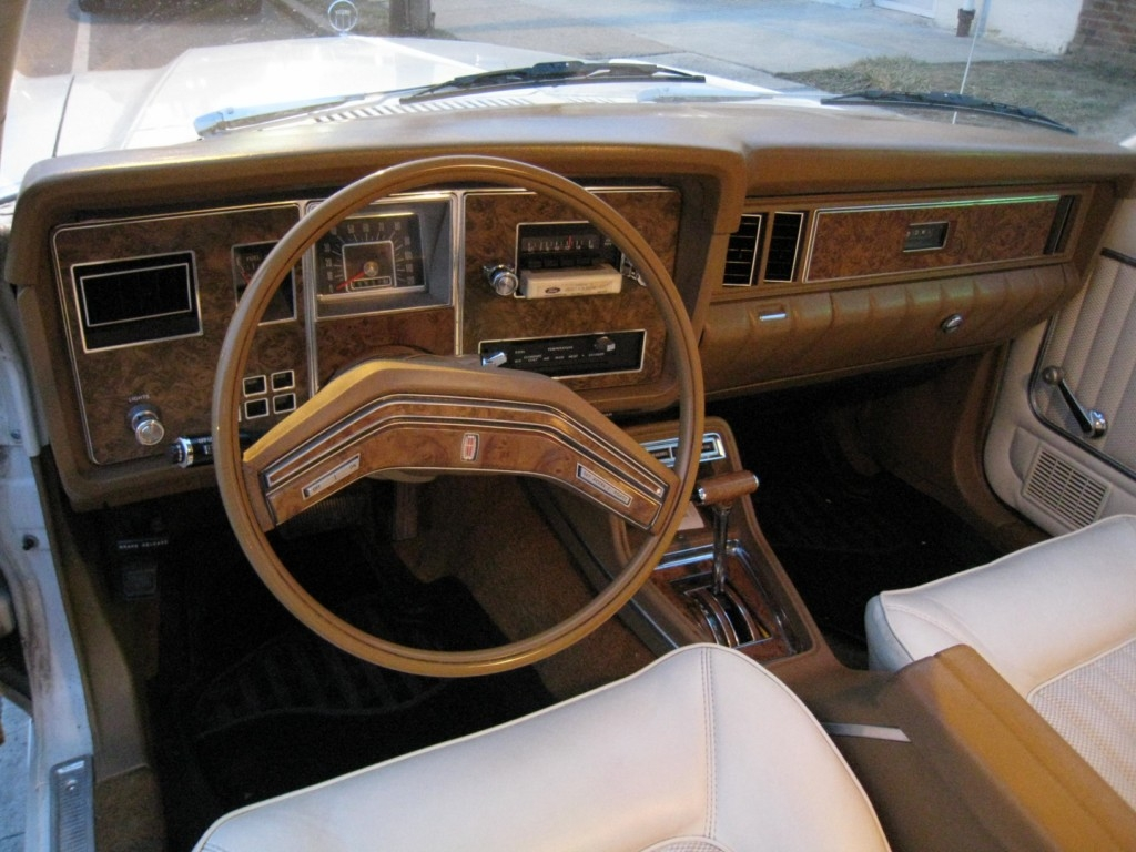 Gr8seasts4sale 1976 Mercury Monarch Specs Photos