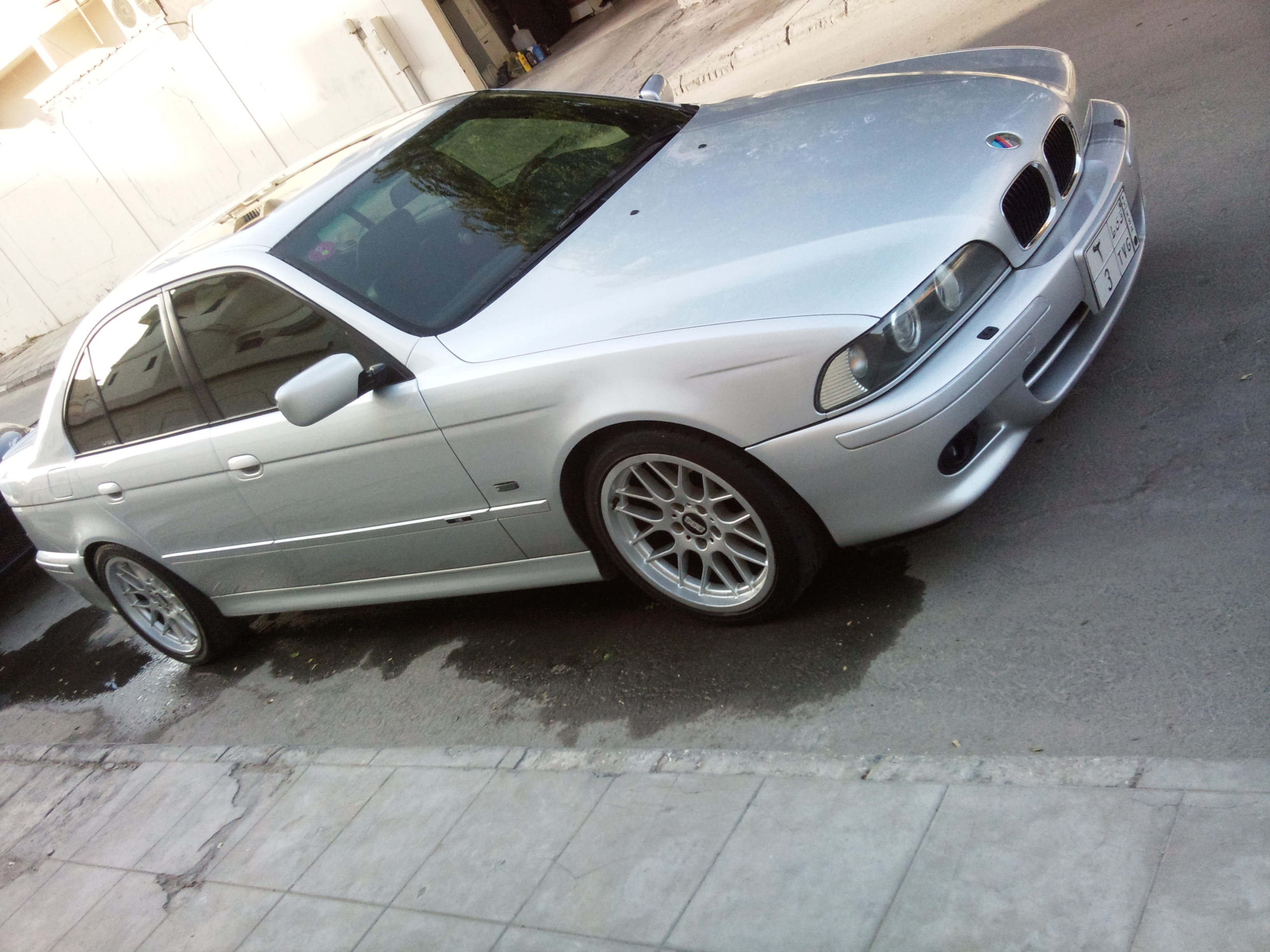 Another KISS0EVO 2001 BMW 5 Series post... - 14302754