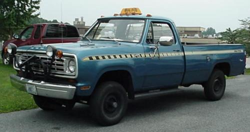EvilBowlOfFiber 1974 Dodge Power Wagon