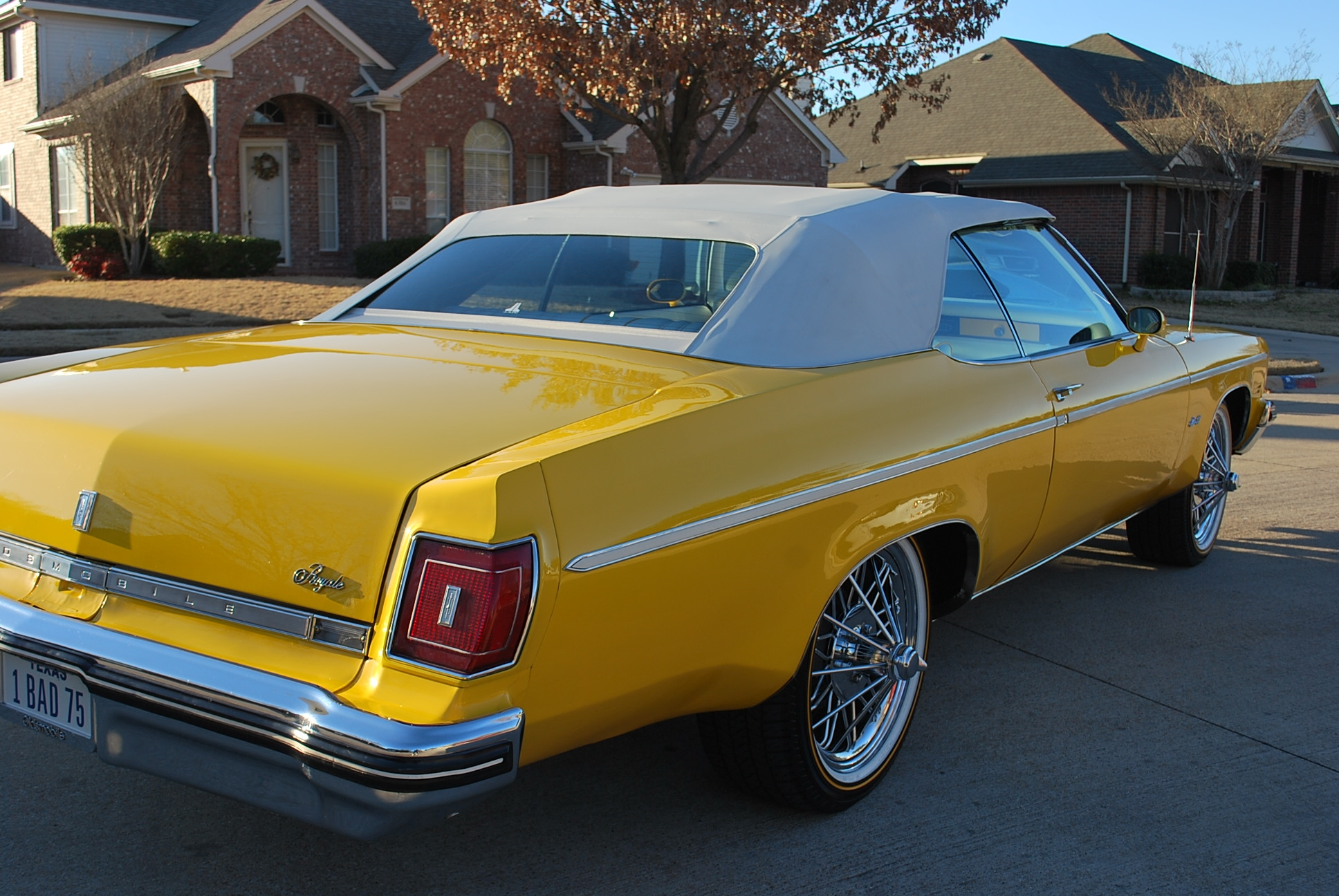 Another yelladrop 1975 Oldsmobile Delta 88 post... - 14307903