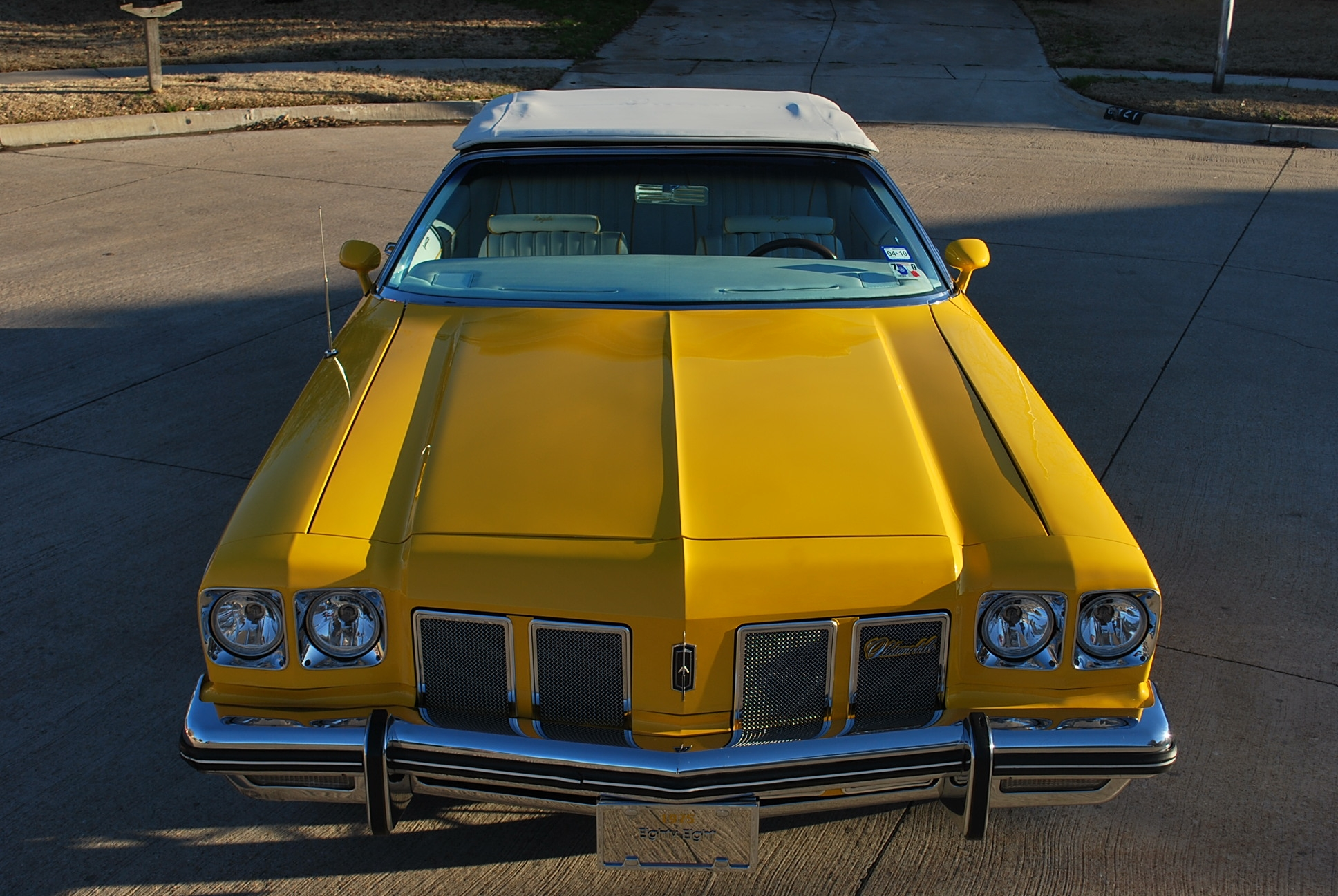 Another yelladrop 1975 Oldsmobile Delta 88 post... - 14307906