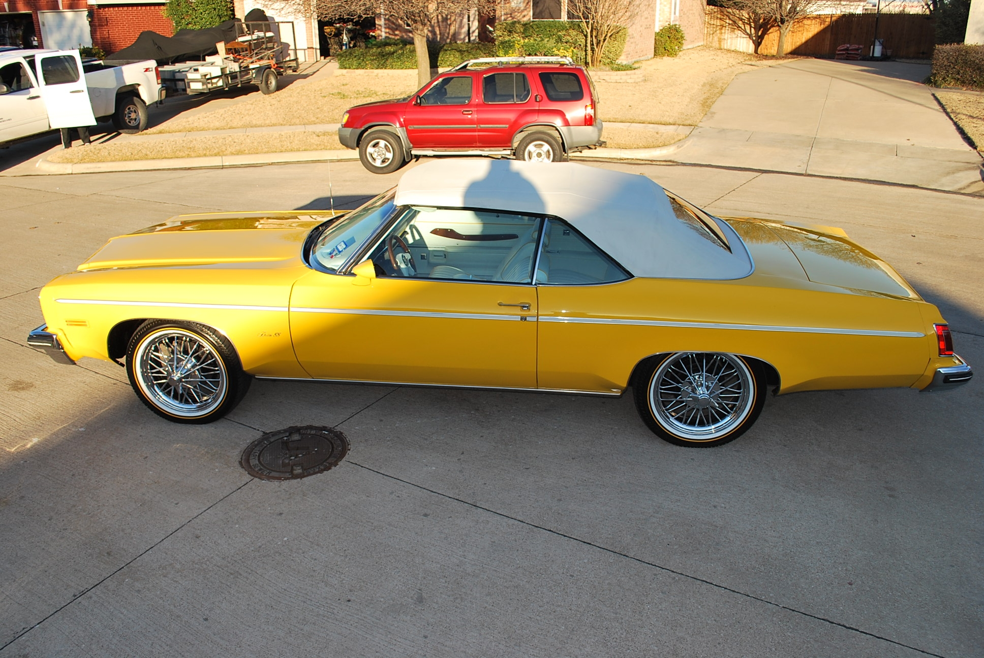 Another yelladrop 1975 Oldsmobile Delta 88 post... - 14307907
