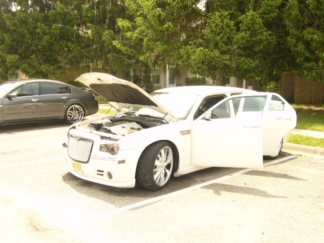 Another esmoooth 2006 Chrysler 300 post... - 14311756