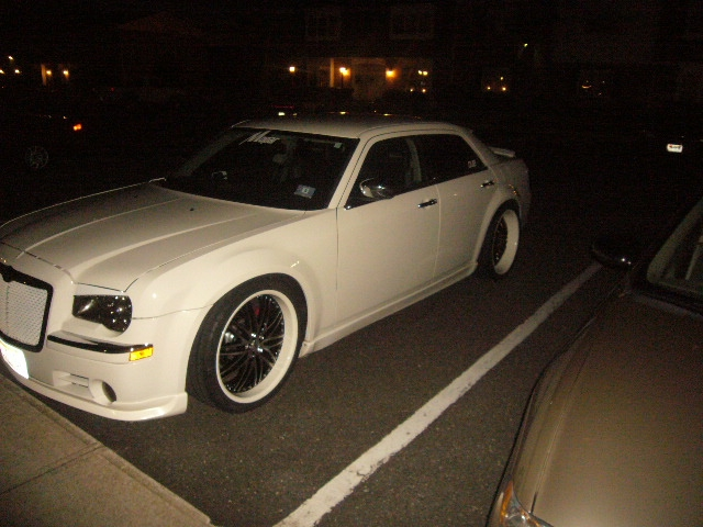 Another esmoooth 2006 Chrysler 300 post... - 14311761