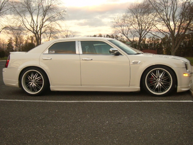 Another esmoooth 2006 Chrysler 300 post... - 14311767