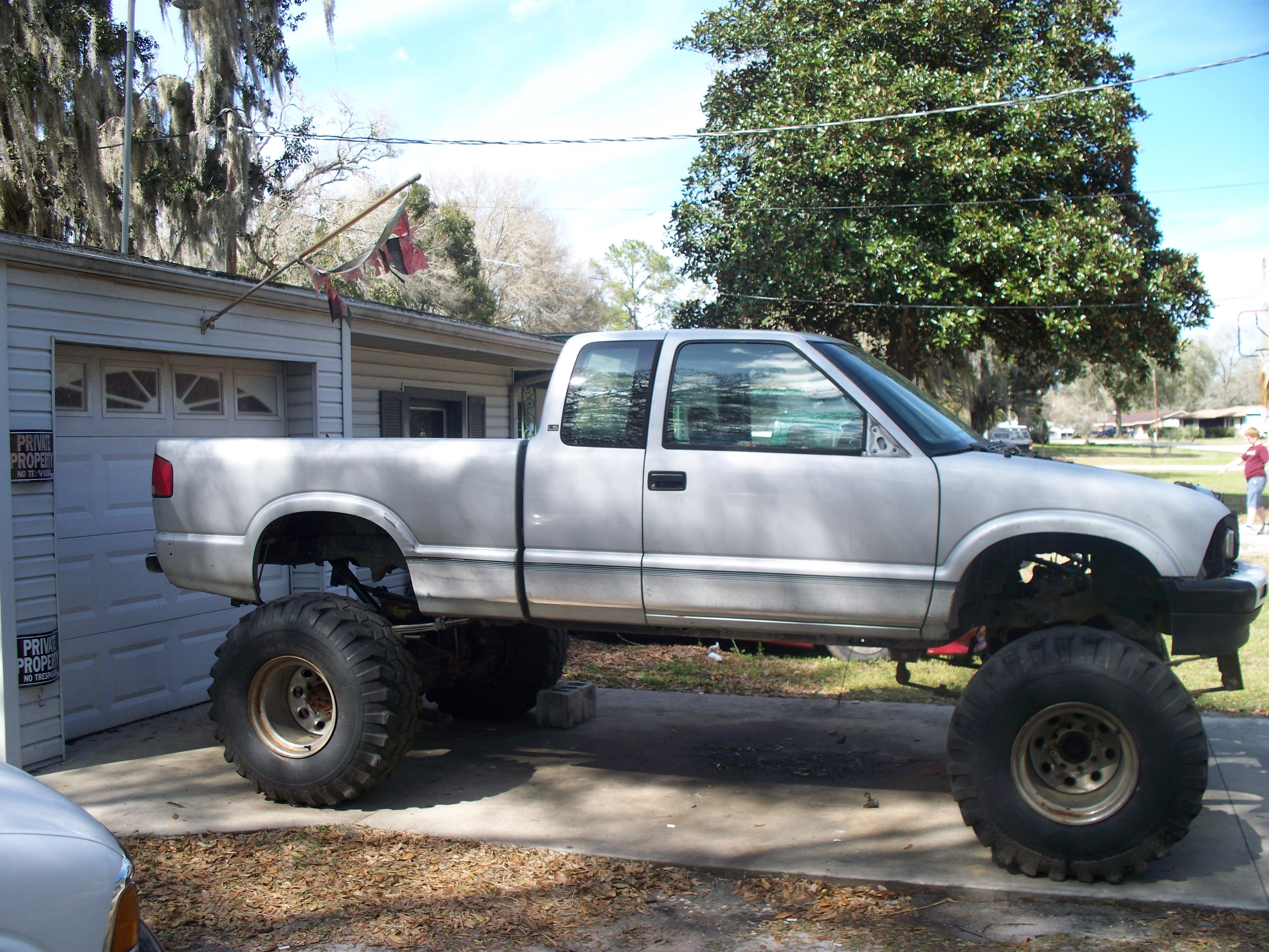outlawed 1995 Chevrolet S10 Extended Cab 14314965