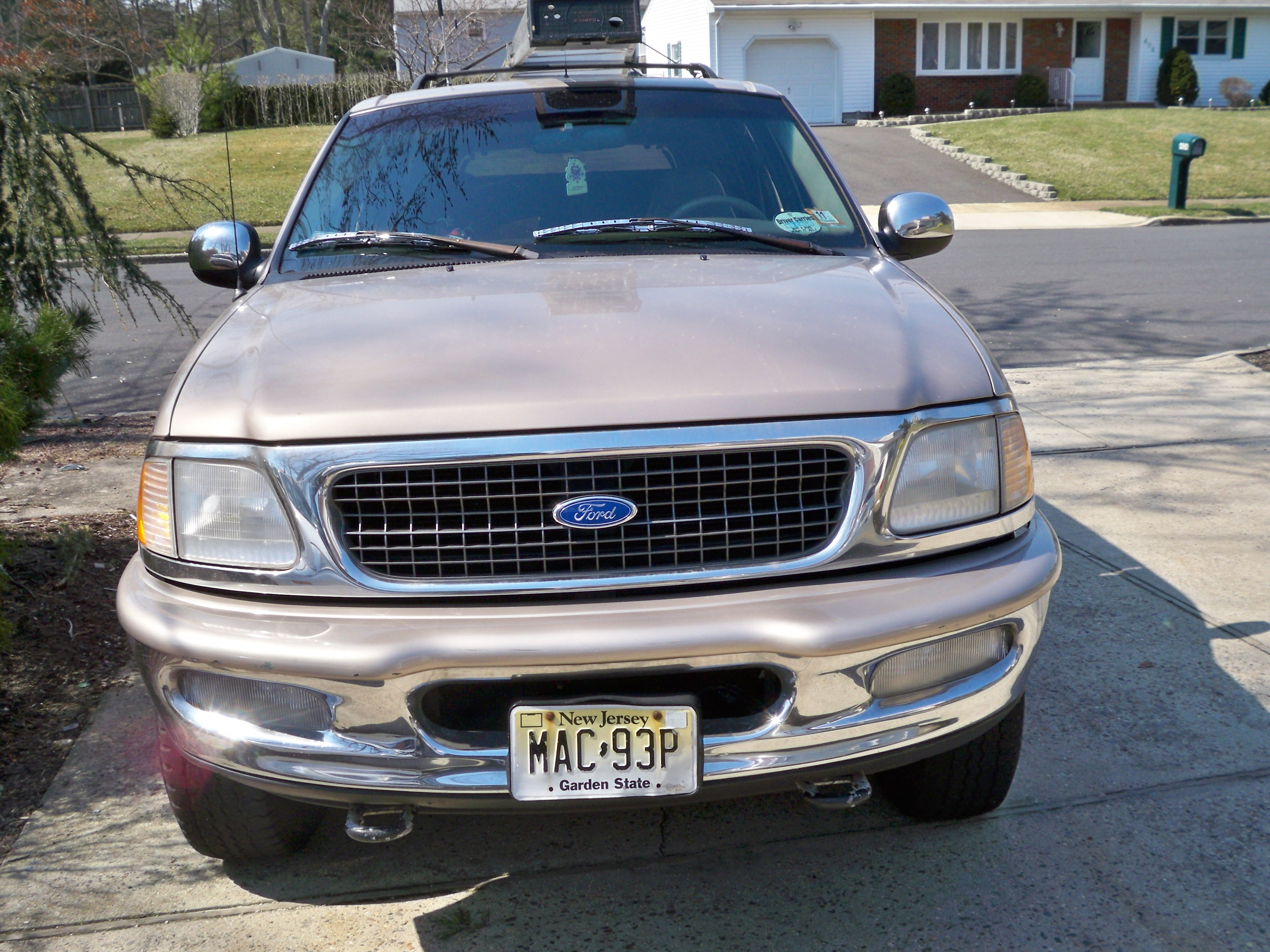 travis630 1997 Ford Expedition