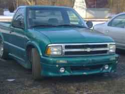 twigglesss 1996 Chevrolet S10 Regular Cab