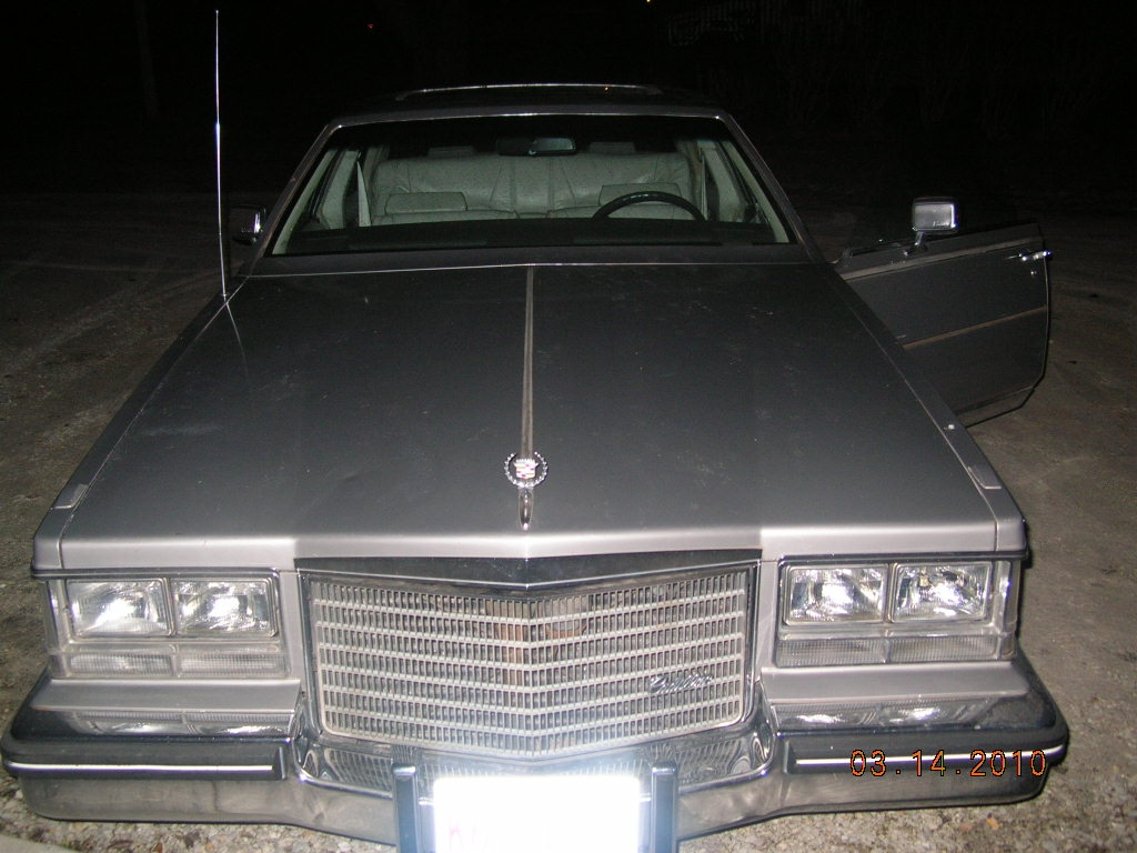 Another D_MAN_84_ 1983 Cadillac Seville post... - 14322319