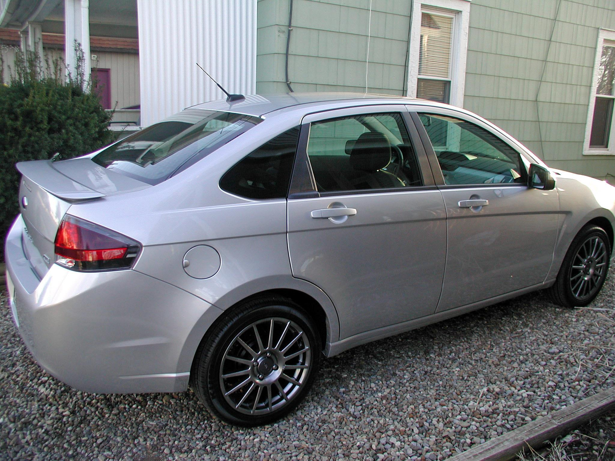 tunachef 2010 ford focusses sedan 4d specs photos. Black Bedroom Furniture Sets. Home Design Ideas