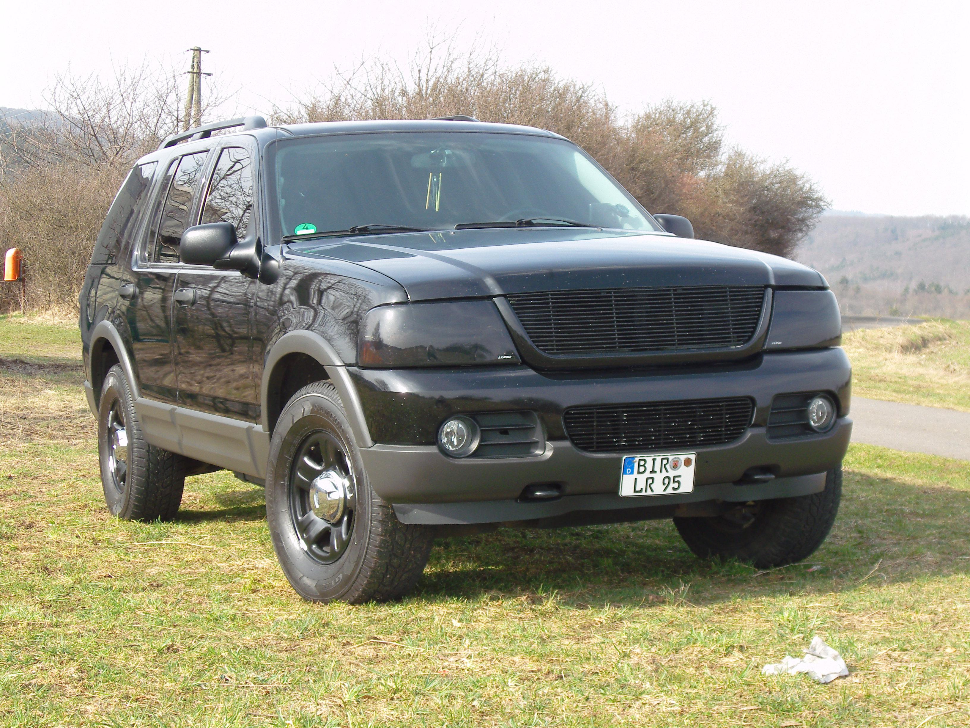 2003 ford explorer - Ford Explorer Blacked Out