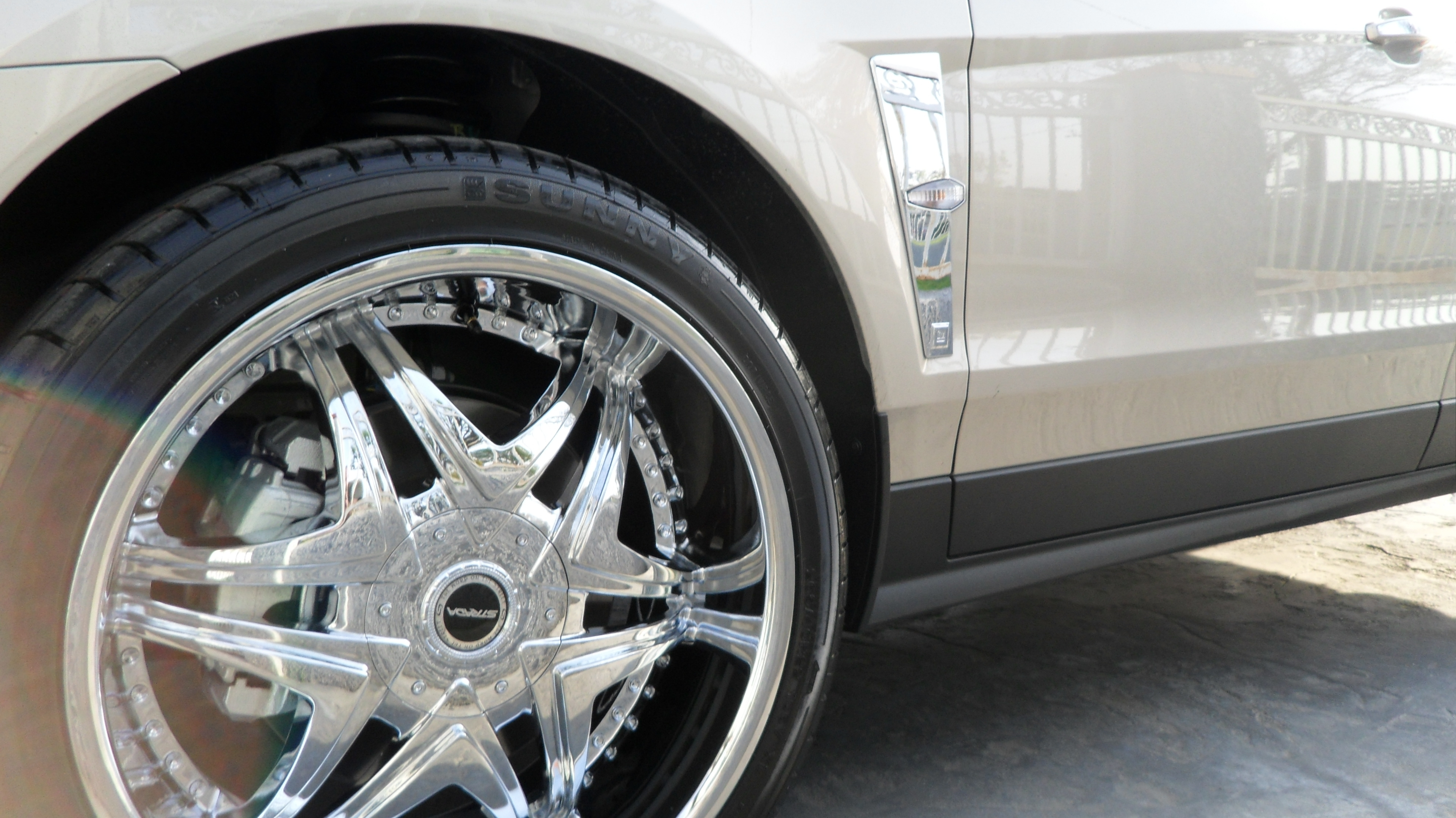 Another ladylade 2010 Cadillac SRX post... - 14346447