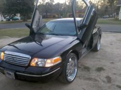 m_town_riderss 1999 Ford Crown Victoria